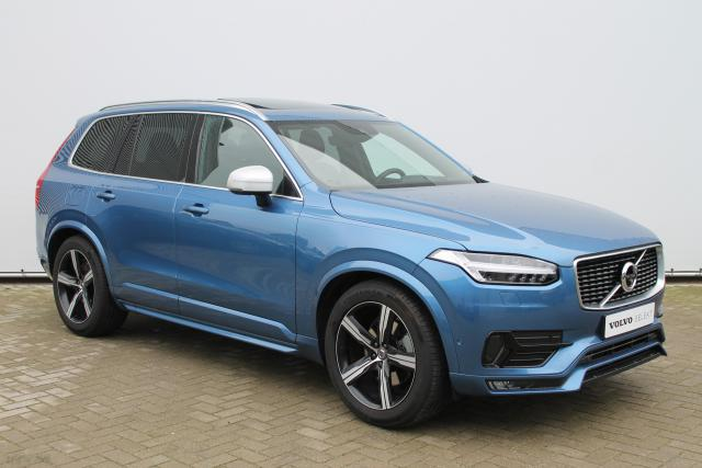 Volvo XC90 D5 AWD R-Design - Luchtvering - Schuifdak - Bowers & Wilkins - DAB - 360 Camera - Standkachel - Volvo On Call - Keyless - Intellisafe Surround - Park Assist Pilot - 20'' LMV