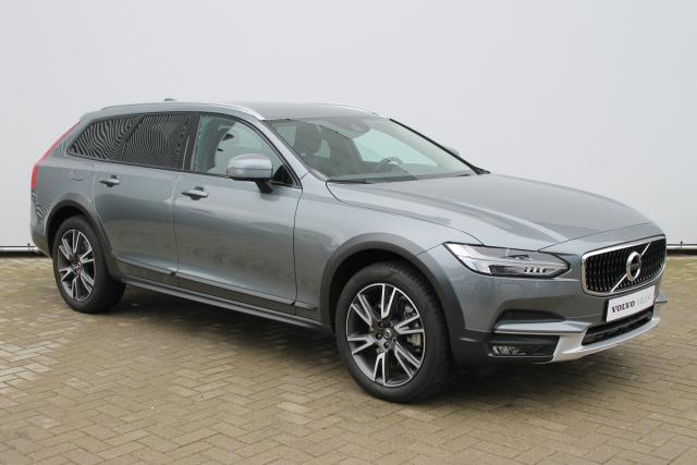 Volvo V90 Cross Country D4 AWD - Automaat - Standkachel - Volvo On Call - Verw. Stoelen v/a - Verw. Stuur - Drive Mode Settings - 19'' LMV