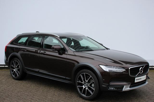 Volvo V90 Cross Country D5 235pk - 20