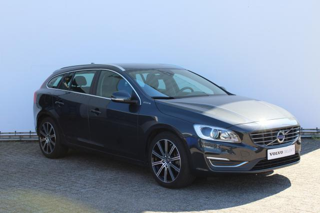 Volvo V60 D5 Twin Engine Summum - INCL. BTW - Navigatie - 18