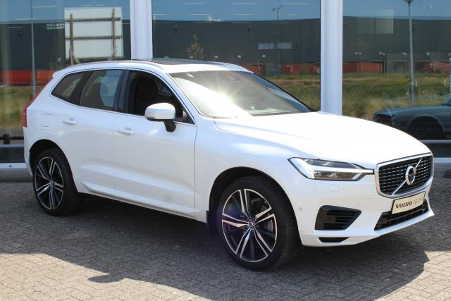 Volvo XC60 T8 Twin Engine R-Design - Luchtvering - 360 view camera - Adaptieve Cruise Control - Panoramadak - Premium Audio - 21