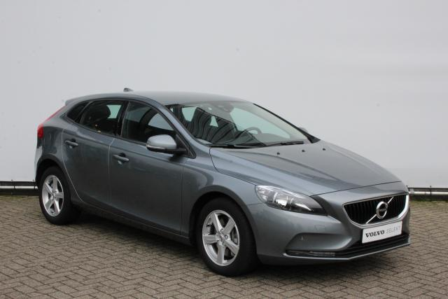 Volvo V40 D2 120pk BUSINESS - AUTOMAAT - 16