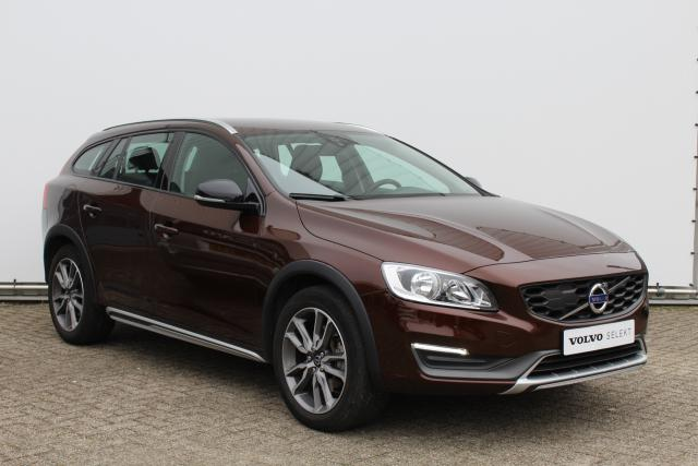Volvo V60 D3 Cross Country Momentum Sensus navigatie - Lifetime MapCare - 18