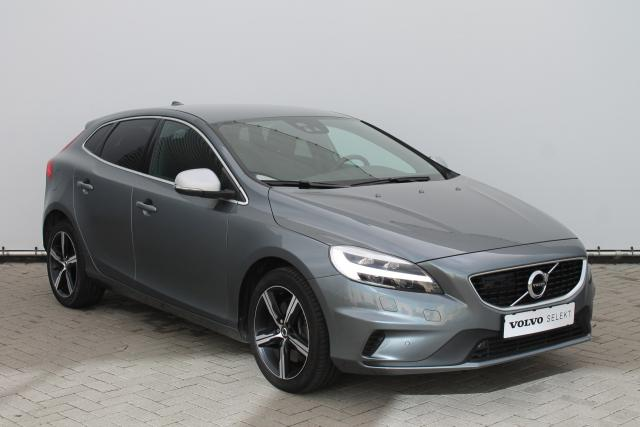 Volvo V40 D2 R-Design - AUTOMAAT - LED - Standkachel - Volvo On Call - Intellisafe Pro Line - Parkeersensoren v/a - Verw. Stoelen v/a - Achteruitrijcamera - Keyless - High Performance Audio