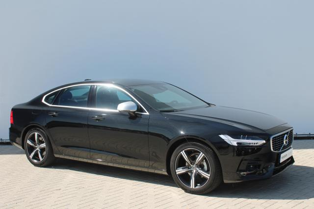 Volvo S90 D3 R-DESIGN - AUTOMAAT - Navigatie - FULL LED - BLIS - Adaptive Cruise Control / Pilot Assist - Parkeersensoren - Verw. Voorstoelen - Drive Mode Settings - Apple Carplay - 18'' LMV