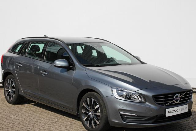 Volvo V60 D2 120pk POLAR+ DYNAMIC - AUTOMAAT - Volvo On Call - 17