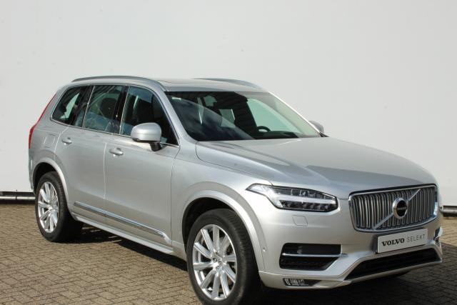 Volvo XC90 T5 255pk AWD INSCRIPTION - AUTOMAAT - Adaptive Cruise Control - Parkeerverwarming - Navigatie - Leder - Volvo On-Call - Pilot assist - Panoramadak