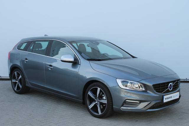 Volvo V60 D4 BUSINESS SPORT R-DESIGN - Automaat - Xenon - Navigatie - Verw. Voorstoelen - High Performance Audio - 18'' LMV