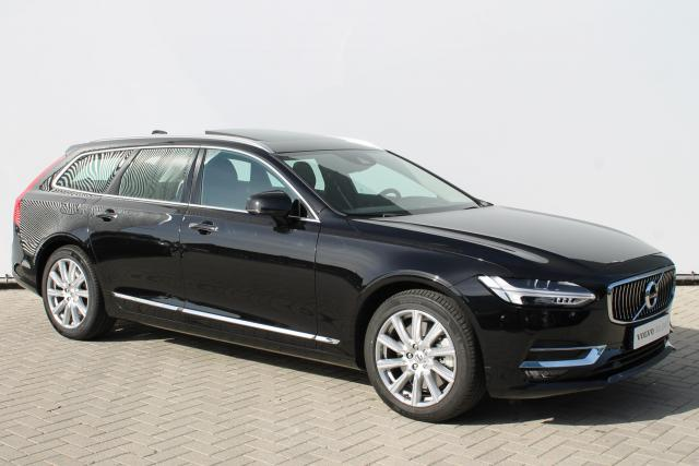 Volvo V90 T4 INSCRIPTION - Automaat - Schuifdak - Standkachel - Massage Functie - Intellisafe Surround - Achteruitrijcamera - Head up display - Verw. Stoelen v/a - Verw. Stuur - 18'' LMV