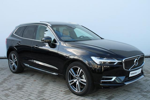 Volvo XC60 T8 Twin Engine AWD Inscription - Luchtvering - 360 Camera - Head Up Display - Intellisafe Assist - Intellisafe Surround - Parkeersensoren v/a - Getint Glas - Verw. Stoelen v/a - Verw. Stuur - Keyless - 20'' LMV