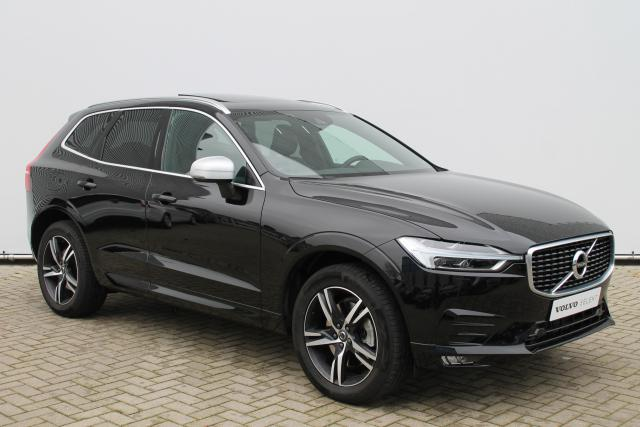 Volvo XC60 T5 AWD R-Design - Automaat - Schuifdak - Standkachel - Intellisafe Assist - Intellisafe Surround - Volvo On Call - Verw. Stoelen v/a - Verw. Stuur - Verw. Voorruit - Keyless - Achteruitrijcamera - Parkeersensoren v/a - 19'' LMV