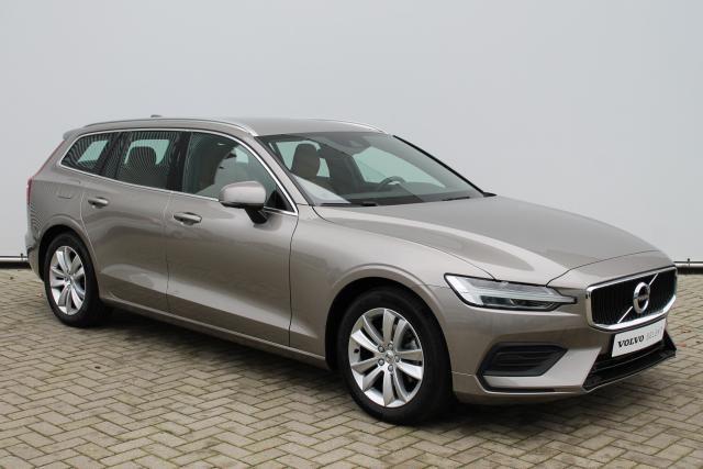 Volvo V60 D4 Momentum - Automaat - Adaptive Cruise Control - DAB - BLIS - Navigatie - Volvo On Call - Verw. Voorstoelen - 17'' LMV