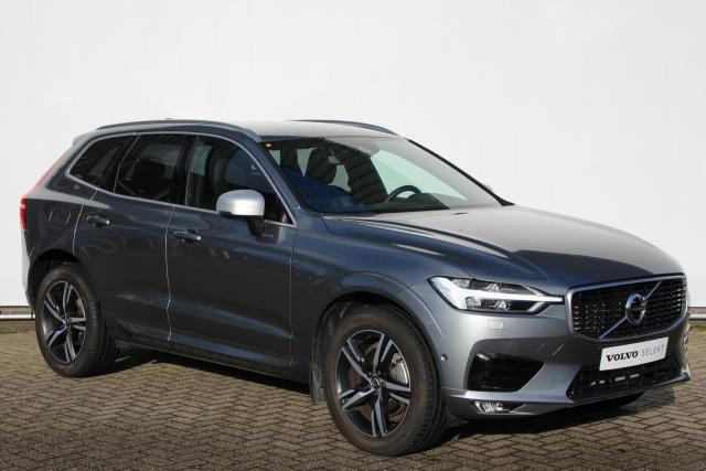 Volvo XC60 T5 AWD 250pk R-Design - Automaat - Adaptieve Cruise Control - Parkeerverwarming - Volvo On Call - Full Led - Keyless - Verwarmbare voorstoelen - 4-Zone Climate Control - DAB+