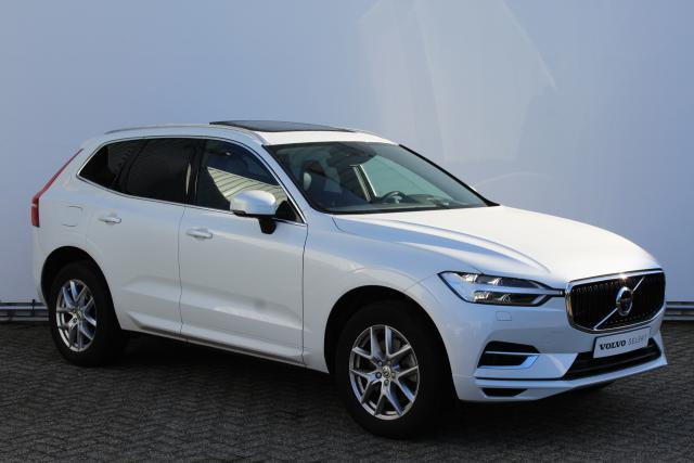 Volvo XC60 T8 AWD Momentum - Luchtvering - 360° Camera - Panodak - Navigatie - Stoelverwarming & -ventilatie - Verw. achterbank - Head-up Display - Pilot Assist - BLIS - Bowers & Wilkins - Keyless Entry - Elektrische achterklep