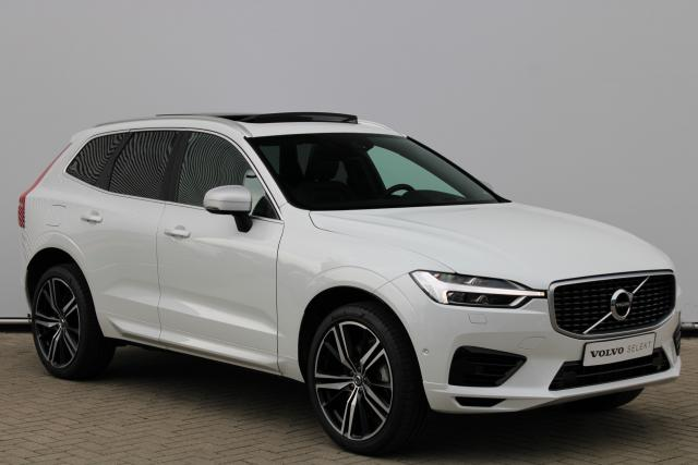 Volvo XC60 T8 AWD R-Design - Luchtvering - Schuifdak - Harman Kardon - Intellisafe Surround - Intellisafe Assist - Achteruitrijcamera - Head up display - Getint Glas - Navigatie - Park Assist Pilot - Apple Carplay - 21'' LMV
