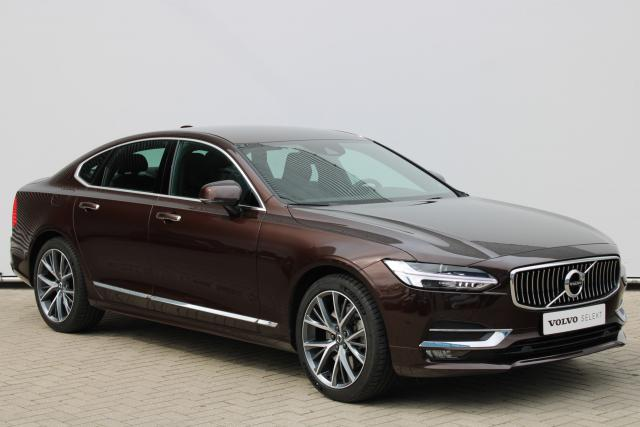 Volvo S90 T4 Inscription - Automaat - Standkachel - Harman Kardon - DAB - Intellisafe Surround - Achteruitrijcamera - Verw. Stoelen v/a - Verw. Stuur - Keyless - Smartphone integratie - Parkeersensoren v/a - 19'' LMV