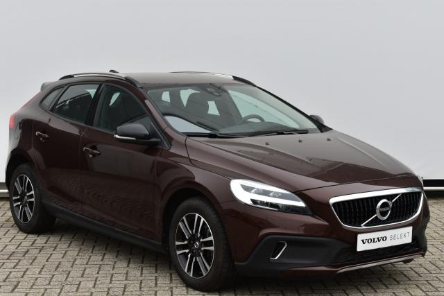 Volvo V40 Cross Country T4 (190pk) Nordic+ - Automaat - LED-koplampen - Parkeerverwarming - Volvo on Call - Sensus Navigatie - Verwarmbare voorstoelen - Verwarmbare achterbank - Cruise Control