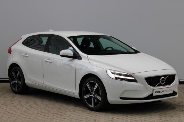 Volvo V40 T2 Nordic+ - Standkachel - LED - Verw. Voorruit - Verw. Voorruit - Volvo On Call - Navigatie - Parkeersensoren achter - High Performance Audio - 17'' LMV