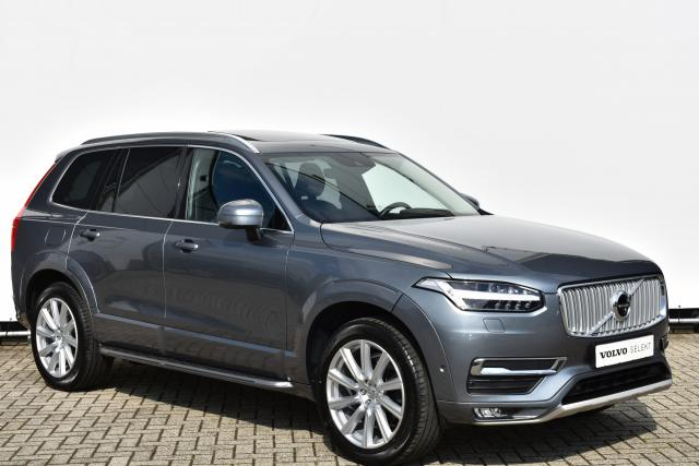Volvo XC90 D4 AWD (190pk) Inscription 7p. - Navigatie - Standkachel - Volvo On Call - Verw. Stoelen v/a - Verw. Stuur - Intellisafe Assist - Parkeersensoren v/a - Geïntegreerd kinderzitje - 360° Camera - Adaptieve cruise control - BLIS - Full LED - Parkee