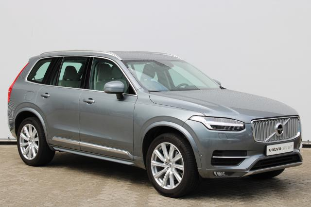 Volvo XC90 T6 AWD Inscription - Luchtvering - 360 Camera - Intellisafe Assist - Intellisafe Surround - DAB - Keyless - Verw. Voorstoelen - Verw. Voorruit - Volvo Guard Alarm - 20'' LMV