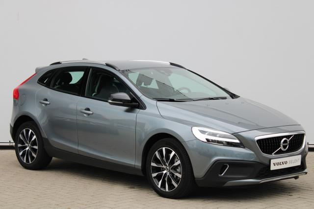 Volvo V40 Cross Country T3 Dynamic Edition - Automaat - Standkachel - Volvo On Call - LED - Verw. Voorstoelen - Parkeersensoren achter - High Performance Audio - Climate Control - 17'' LMV