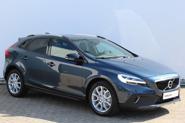 Volvo V40 Cross Country T3 Polar+ Luxury - Automaat - Navigatie - Keyless Panoramadak - LED-koplampen - Parkeercamera achter - Harman Kardon - Stoelverwarming - Volvo on Call - Getint glas