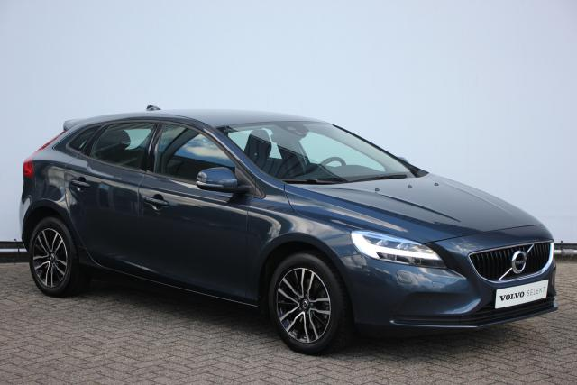 Volvo V40 T3 150pk NORDIC+ - Volvo On Call - Standkachel - Parkeersensoren achter - Navigatiesysteem - High Performance Audio - Verwarmbare voorruit - 16