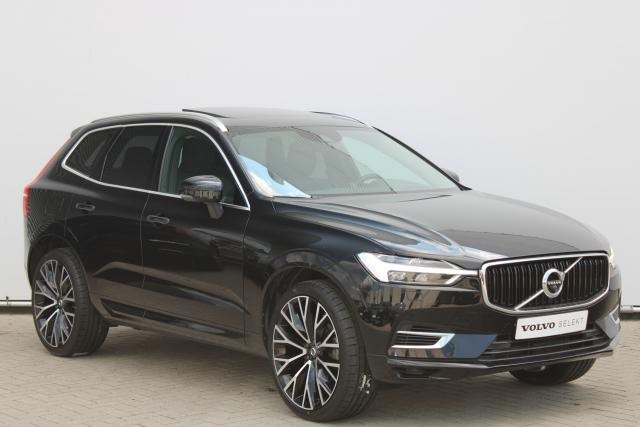 Volvo XC60 T8 Momentum - Luchtvering - Bowers & Wilkins - 360 Camera - Massage Functie - Intellisafe Assist - Intellisafe Surround - Head up display - Verw. Stoelen v/a - Verw. Stuur - Keyless - Parkeersensoren v/a - Trekhaak elektrisch wegklapbaar - 22''