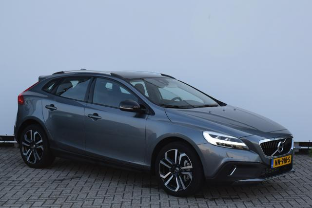 Volvo V40 Cross Country T3 NORDIC+ LUXURY - WORDT VERWACHT - Panoramadak - Park.camera - Leder - 18