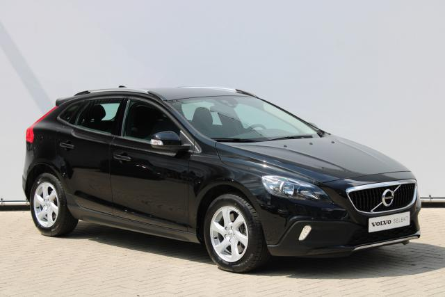Volvo V40 Cross Country T3 Nordic - Automaat - Standkachel - Volvo On Call - Verw. Stoelen v/a - Parkeersensoren achter - High Performance Audio - Regensensor - 16'' LMV