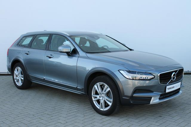 Volvo V90 Cross Country T5 AWD - Automaat - Intellisafe Assist - Intellisafe Surround - Achteruitrijcamera - Keyless - Volvo On Call - Verw. Voorstoelen - Parkeersensoren v/a - Trekhaak elektrisch wegklapbaar - 18'' LMV