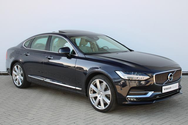 Volvo S90 T5 Inscription - Schuifdak - Bowers & Wilkins - DAB - Standkachel - 360 Camera - Head up display - Verw. Voorstoelen - Volvo On Call - BLIS - Parkeersensoren v/a - Park Assist Pilot - Keyless - Apple Carplay - CD-Speler - 20'' LMV