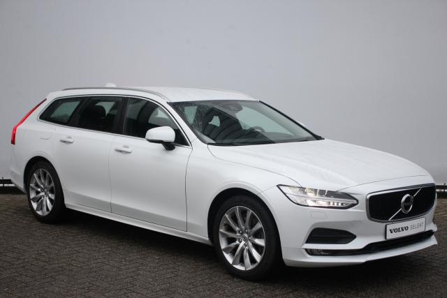 Volvo V90 T4 190pk Momentum - Automaat - Sensus navigatie - Parkeerverwarming - Head-up display - Intellisafe surround - 4-Zone climate control - Trekhaak - Full Led - DAB+ - Verwarmbare stoelen - City Safety