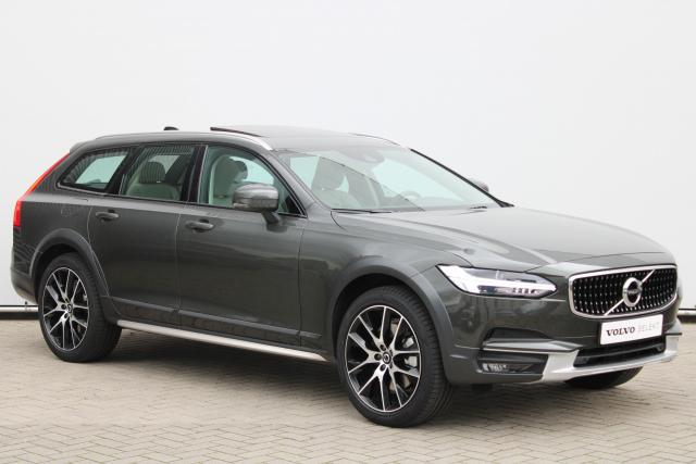 Volvo V90 Cross Country T5 AWD Pro - Schuifdak - Harman Kardon - Standkachel - Head up display - DAB - Intellisafe Surround - Intellisafe Assist - Keyless - Achteruitrijcamera - Verwarmbare Stoelen v/a - Verwarmbaar Stuur - Parkeersensoren v/a - Trekhaak - 20'' LMV