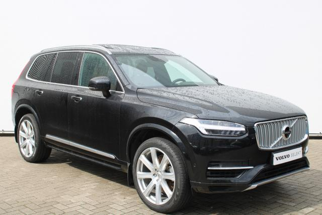 Volvo XC90 T8 AWD Inscription - INCL. BTW - Luchtvering - Schuifdak - Bowers & Wilkins - DAB - 360 Camera - Head up display - Massage Functie - Intellisafe Assist - Intellisafe Surround - Park Assist Pilot - 21'' LMV
