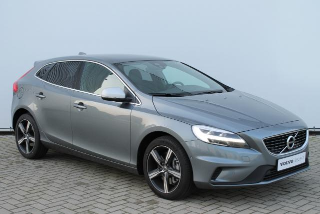 Volvo V40 T3 150pk POLAR+ SPORT R-DESIGN - AUTOMAAT - Harman Kardon - Panoramadak - Volvo On Call - LED - 17