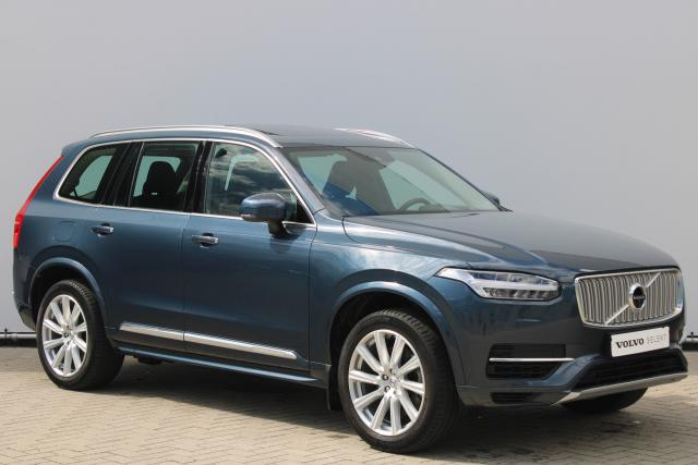 Volvo XC90 T8 Twin Engine AWD Inscription - Schuifdak - Harman Kardon - 360° Camera - Head up display - DAB - Intellisafe Surround - Intellisafe Assist - Elektrisch verstelbare voorstoelen - Gelaagde zijruiten - Apple Carplay - 20'' LMV