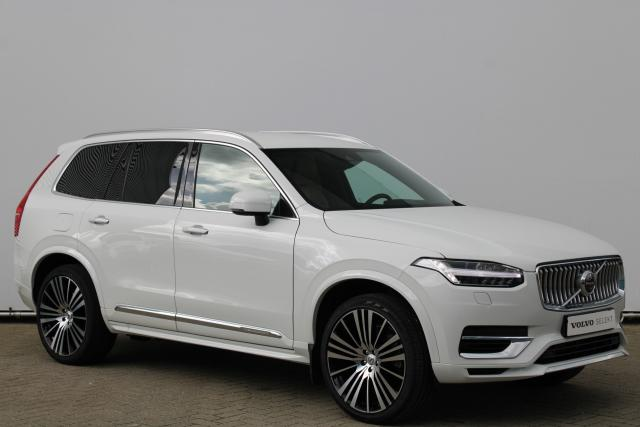 Volvo XC90 T8 Recharge AWD Inscription - INCL. BTW - IntelliSafe Assist - IntelliSafe Surround - 360° camera - Head up display - Kompas in binnenspiegel - Harman Kardon audio - Massagestoelen voor - 22'' LMV