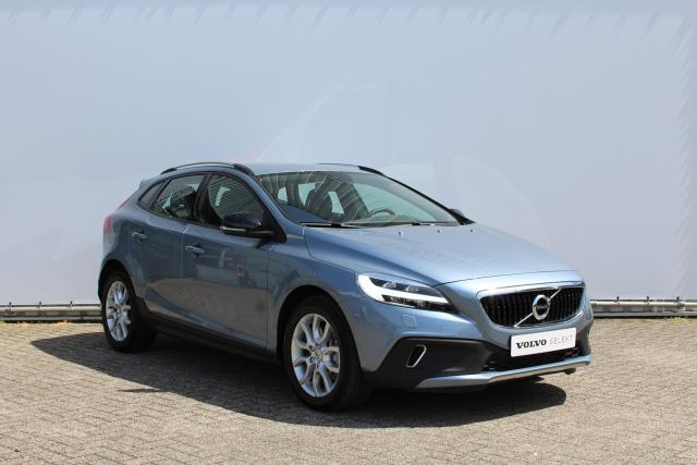 Volvo V40 Cross Country T3 NORDIC+ - LED-koplampen - Sensus navigatie - Volvo on Call - Parkeerverwarming - 17