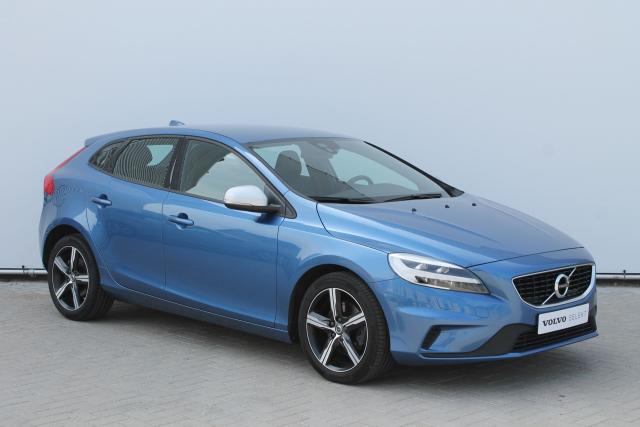 Volvo V40 T2 R-Design - Facelift Model - LED Koplampen - Navigatie - Verw. Voorstoelen - Parkeersensoren achter - High Performance Audio - Afn. Trekhaak - 16'' LMV
