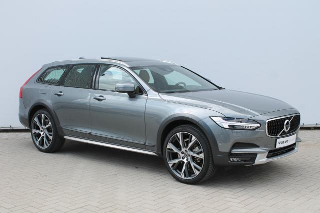 Volvo V90 Cross Country T5 AWD PRO - Luchtvering - Bowers & Wilkins - DAB - Intro, Versatility, Scandinavian & Luxury Line - 21'' LMV
