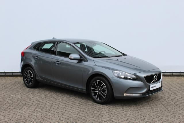 Volvo V40 D2 Facelift Model - Navigatie (Lifetime Mapcare) - High Performance Audio Systeem - Parkeersensoren achter - Multimedia - Cruise Control - 16'' Lichtmetalen Velgen
