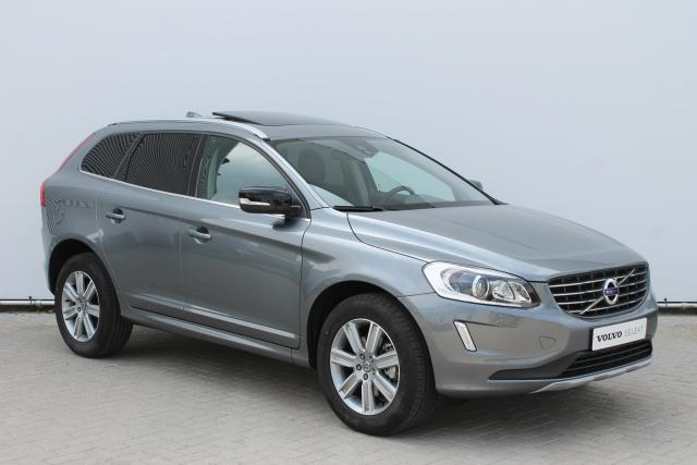 Volvo XC60 T5 Geartronic Dynamic Edition - Sportstoelen - Xenon - Leder - Panoramadak - Business Pack Connect (o.a. Navigatie, telefoon connectie) - Stoelverwarming