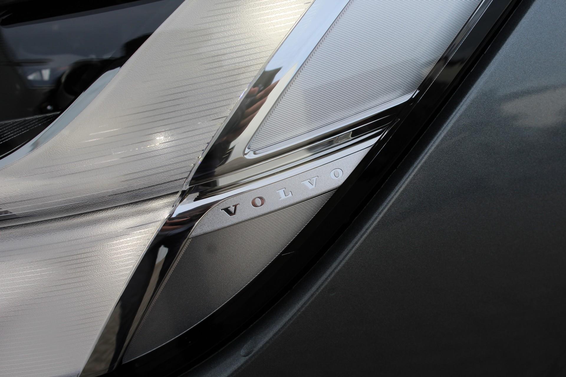 volvo    design luxury geartronic schuifdak adaptive cruise control